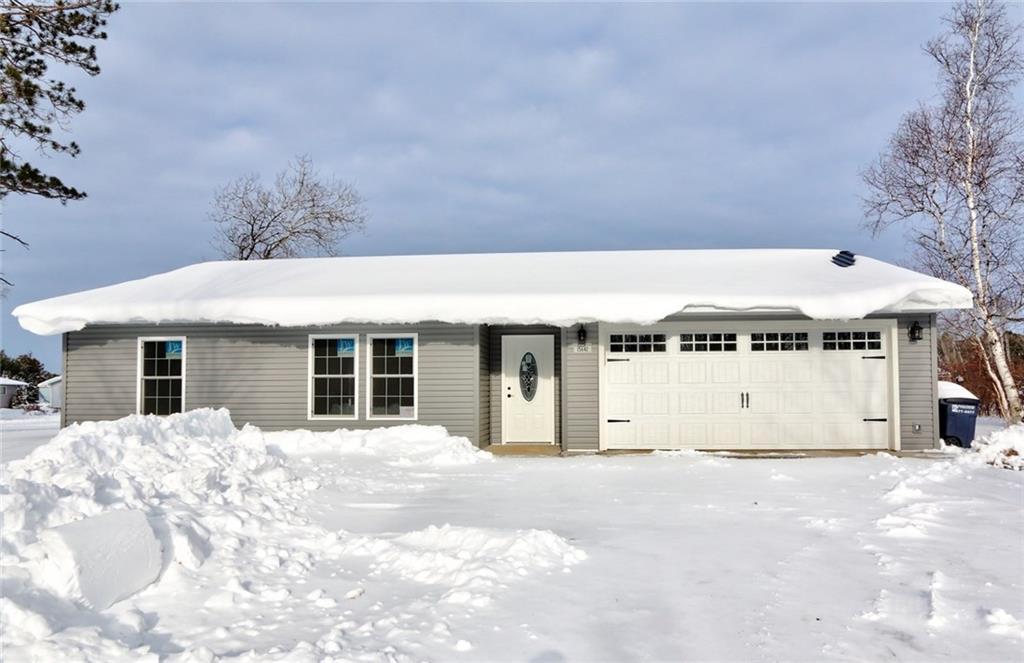 15642 Winter Drive, Hayward, WI