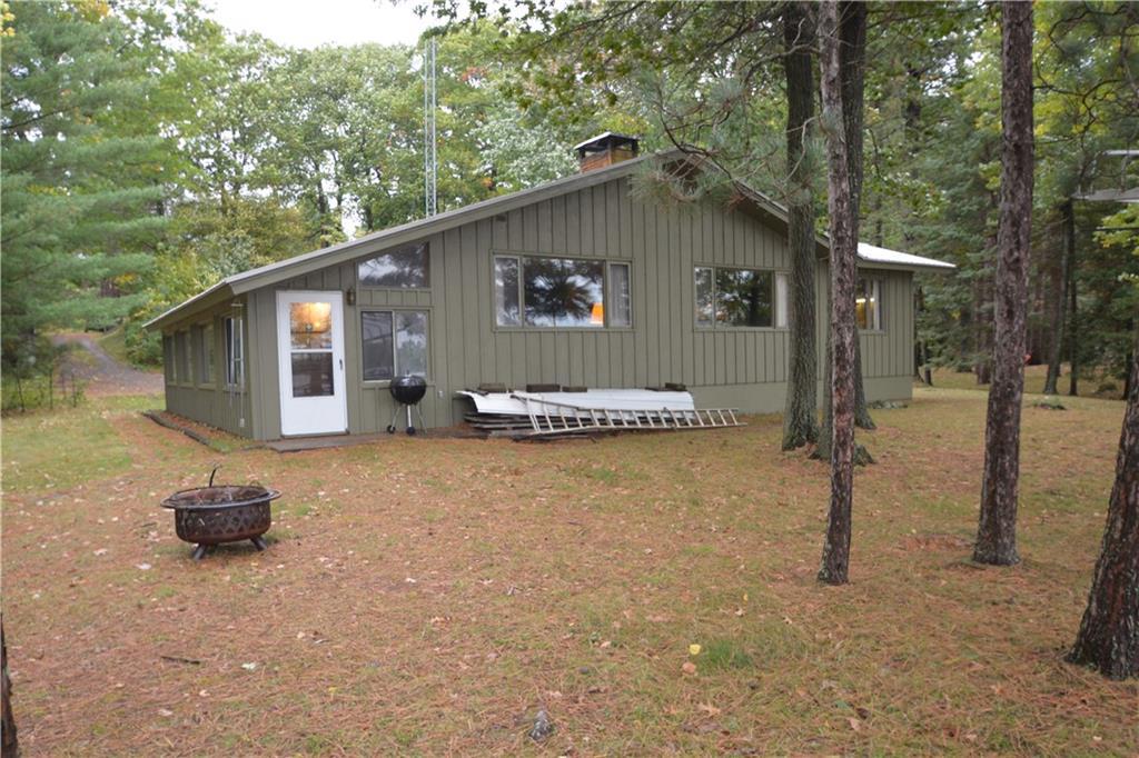 6456 N Lake Drive, Stone Lake, WI