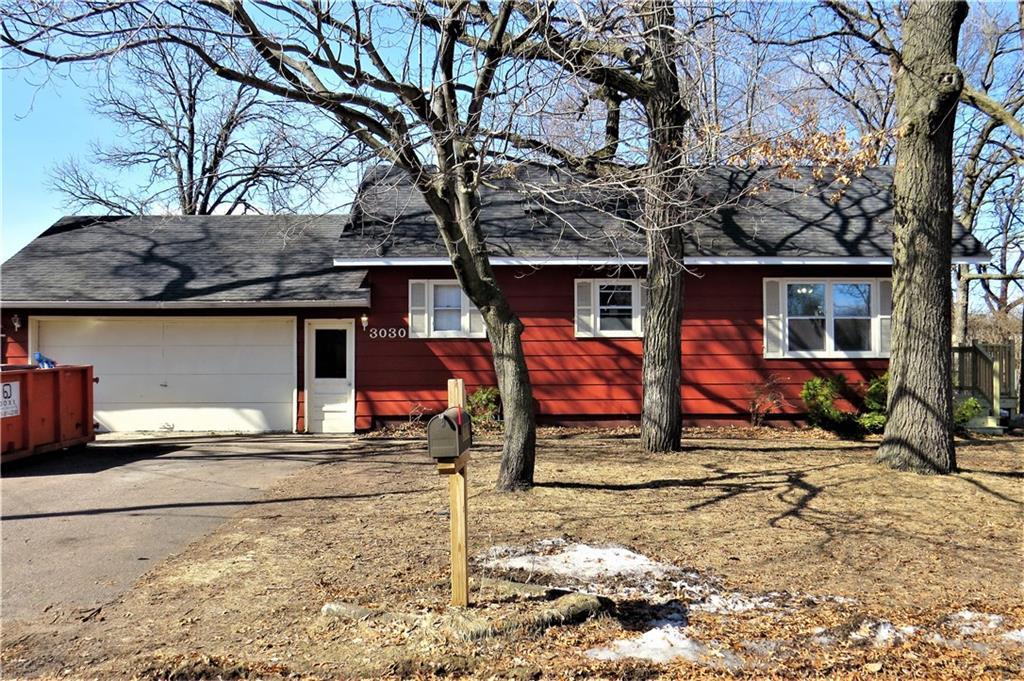 Eau Claire' Houses For Sale - MLS# 1540142