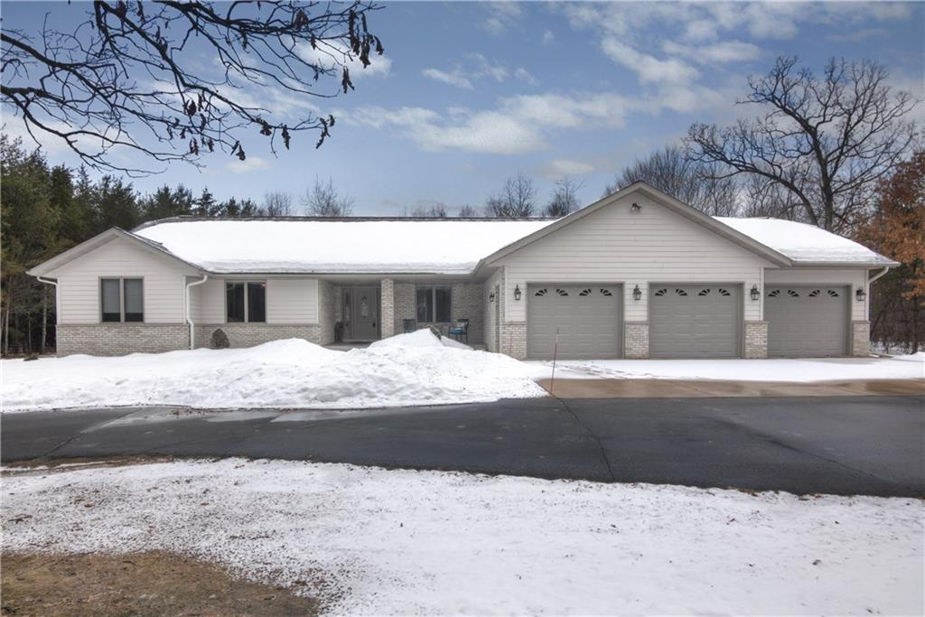 Chippewa Falls' Houses For Sale - MLS# 1540155