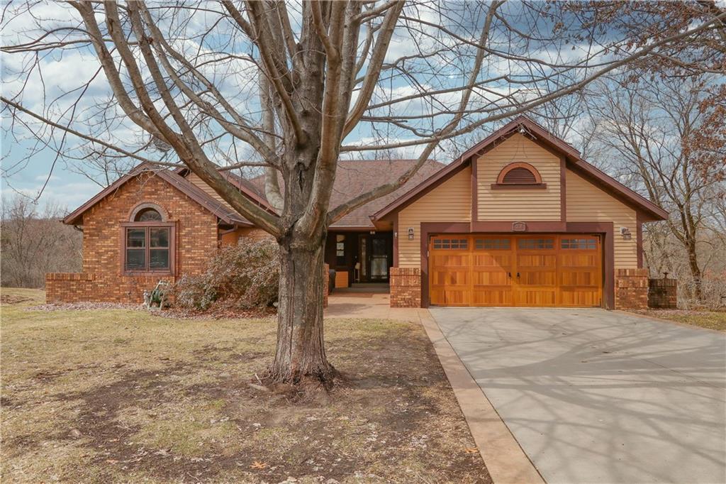Altoona' Houses For Sale - MLS# 1540654