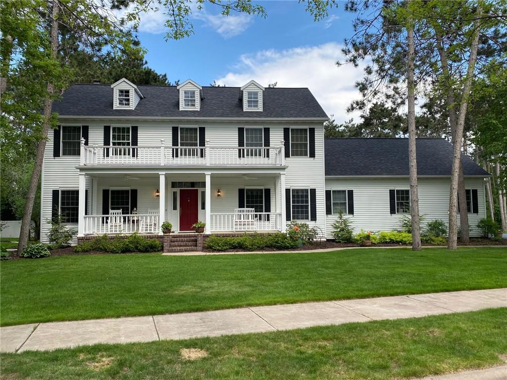 Kleven Realtors Featured Home For Sale Photo