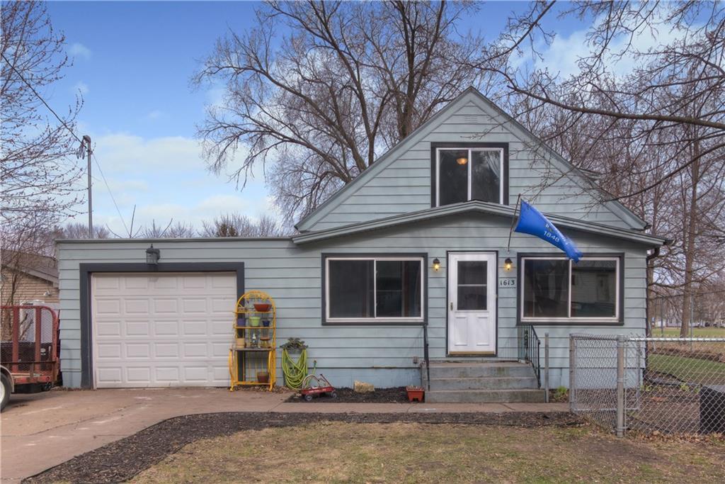 Eau Claire' Houses For Sale - MLS# 1541037