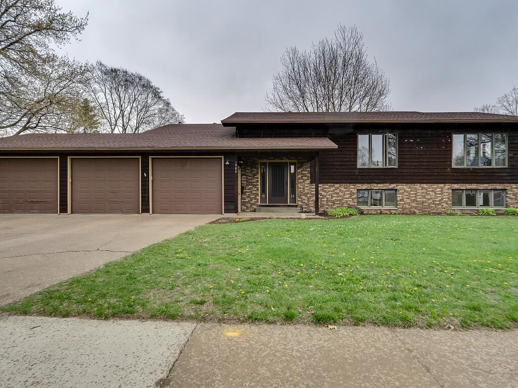 Menomonie' Houses For Sale - MLS# 1541648