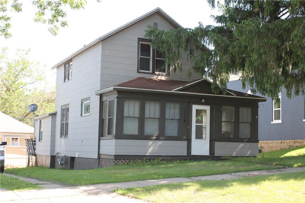 128 Pine Street, Glenwood City, WI