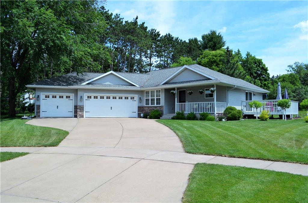 2502 Avery Lane, Altoona, WI