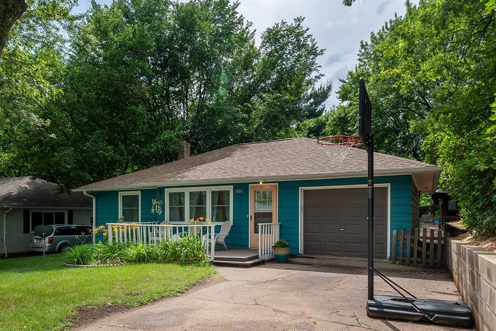 Eau Claire' Houses For Sale - MLS# 1543903