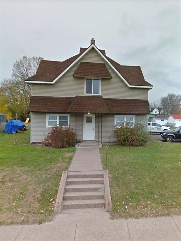 315 W Lake Avenue, Ladysmith, WI