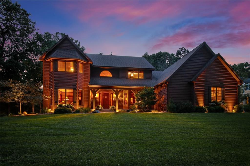 3830 Timber Creek Court, Eau Claire, WI