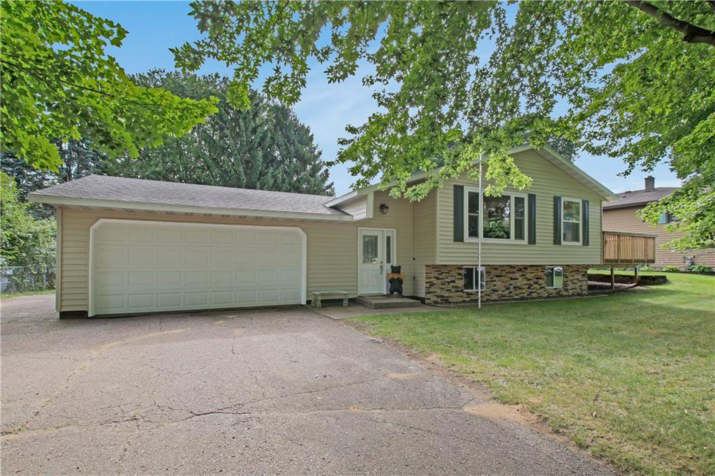 3739 Maywood Drive, Eau Claire, WI