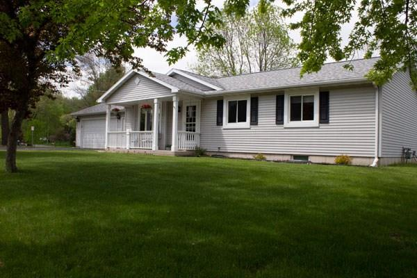 621 River Heights Road, Menomonie, WI