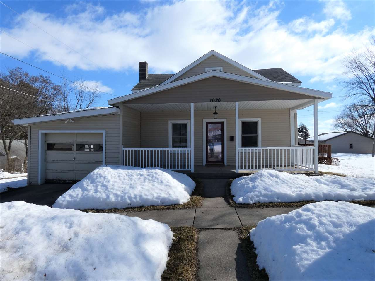 1020 Center St, Mineral Point, WI