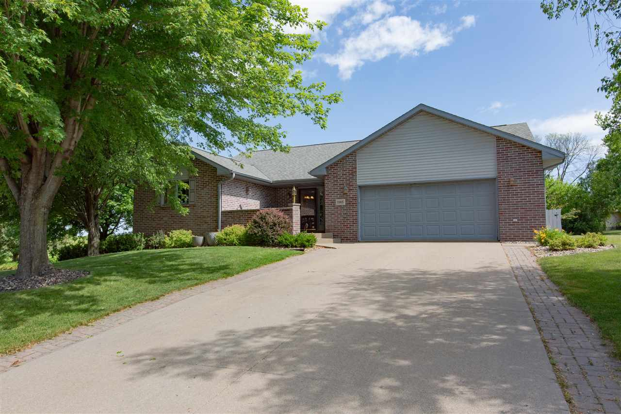 1165 Colleen Ct, Platteville, WI