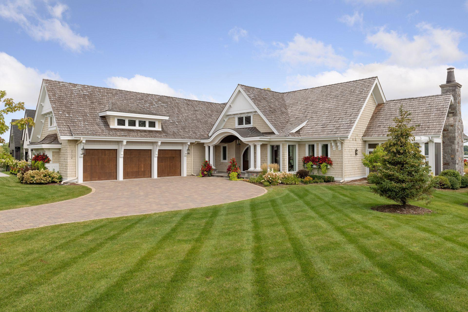 3770  Woodland Cove Parkway , Minnetrista, MN