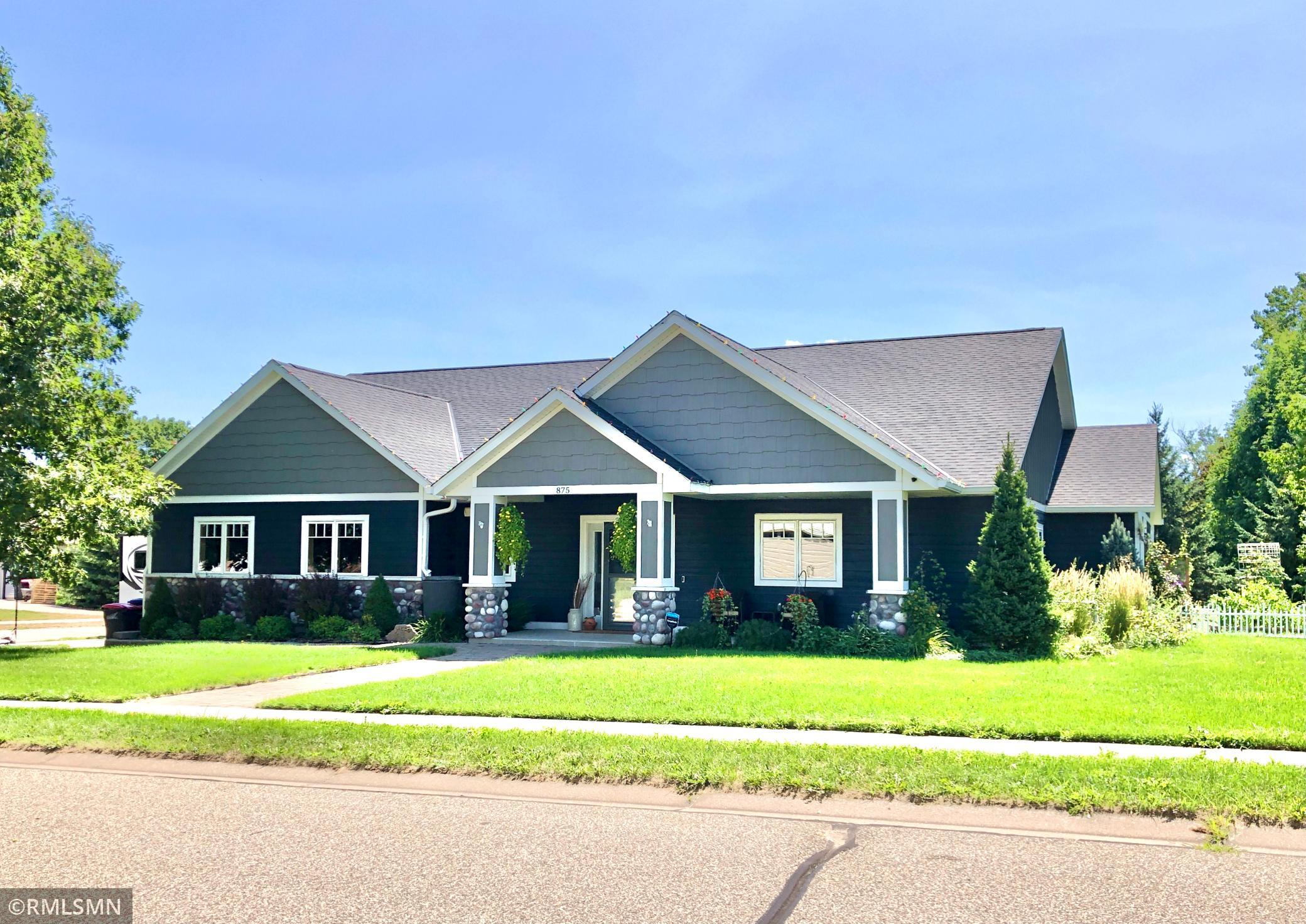 875  Snowbird Drive , Red Wing, MN
