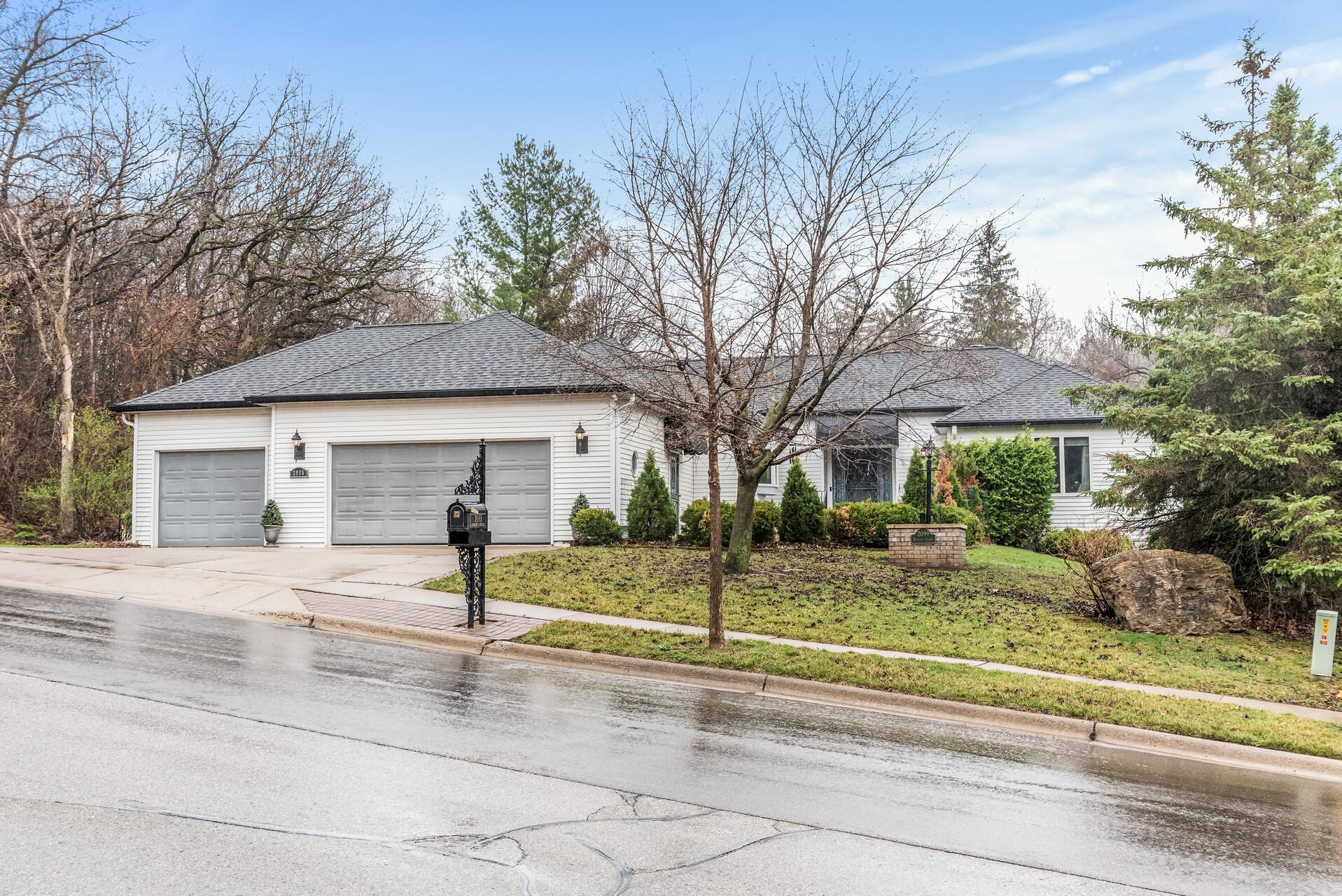 2099  Hennings Avenue , Red Wing, MN