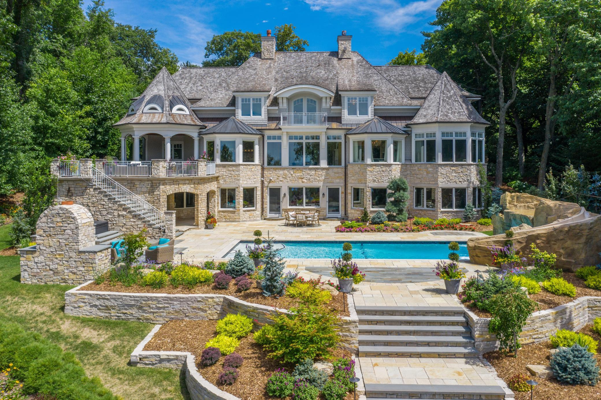 2900  Gale Road  , Woodland, MN