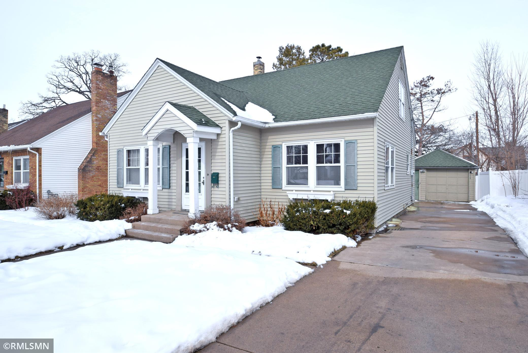 1712 W 5th Street , Red Wing, MN